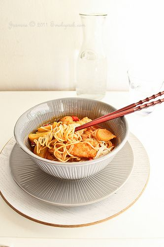 http://foods-to-avoid-during-pregnancy.info/spicy-food-during-pregnancy.html Hot food while being pregnant. Korean Spicy Somen Noodles