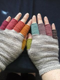 Mitaines Rainbow - mitts to use up odd bits