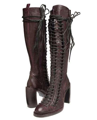 Ive been looking 4 this boots!! Except with no heel and only 1 shoe laces.