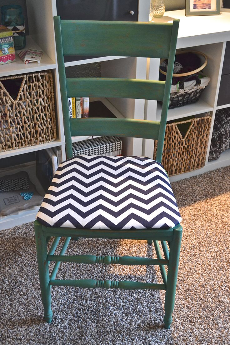 Ladder back chairs with cushions - Ladder Back Chair Refinish With Chevron Cushion Www Letsglitterandglue Com Chair