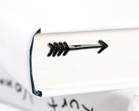 Signet de livre Black Arrow en métal / / Unique par CoolBookmark