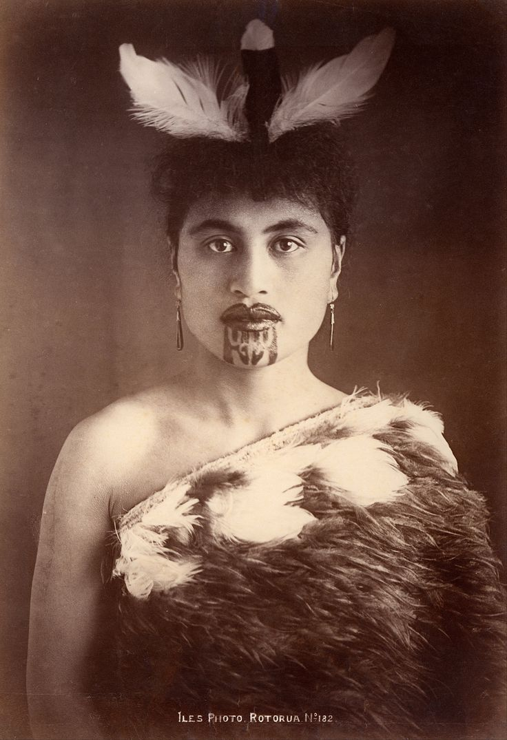 """Portrait of Māori woman, with moko markings applied with """"grouped"""" darning needles by tattoo artist Tame Poata, Rotorua, New Zealand, 1910, photograph by Arthur James Iles."""