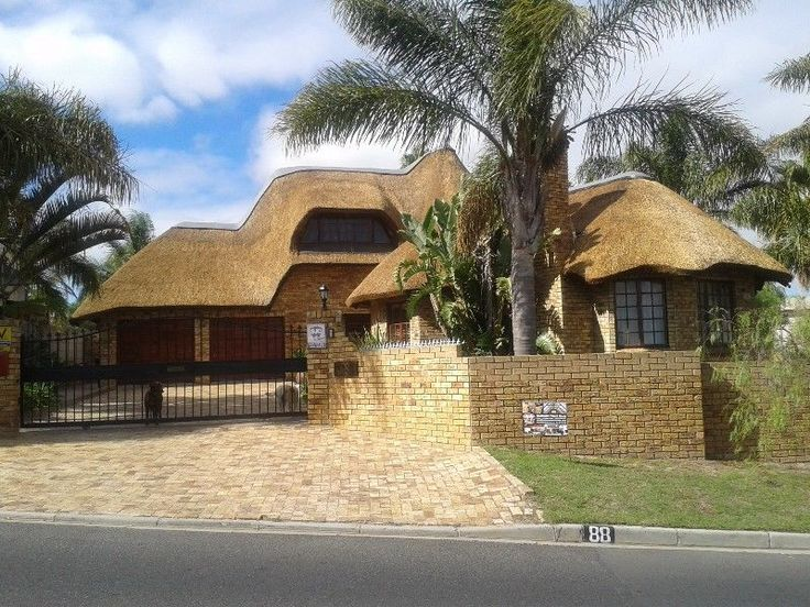Welcome to Traditional Thatch RoofsWe are 1 of the leading company's with best quality and service with competitive prices on the market of thatch roofing/ restoration and maintenance.Please take the time to browse our websitesContact us via the online form for expert advice and a free quotation orCall Michael on 071 185 8563/ email: sales@traditionalthatchroofs.co.za