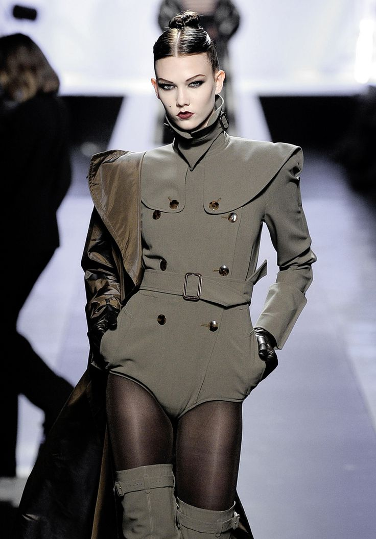 Karlie Kloss at Jean Paul Gaultier Fall 2009