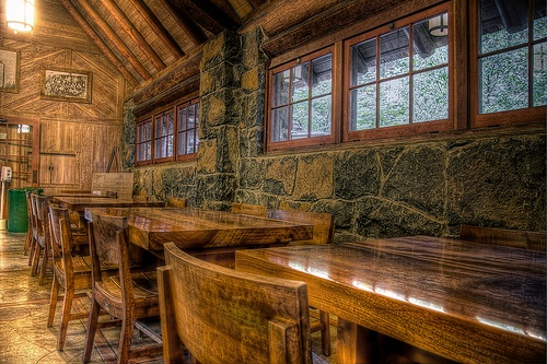 myrtlewood tables at silver falls lodge photo by photoatelier