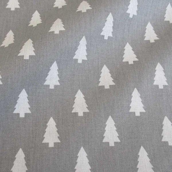 Weiteres - Stoff Baumwolle Tannenbaum Tanne grau weiß  - ein Designerstück von werthers-stoffe bei DaWanda
