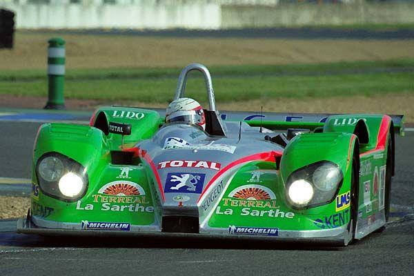 2001 Courage C 60  Peugeot (3.200 cc.) (T)  Sébastien Bourdais  Jean-Christophe Boullion  Laurent Redon