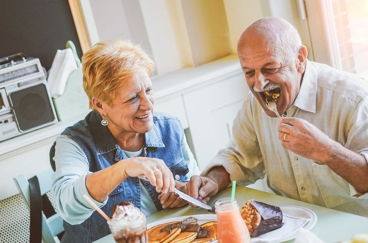 ismerkedés az időseknek