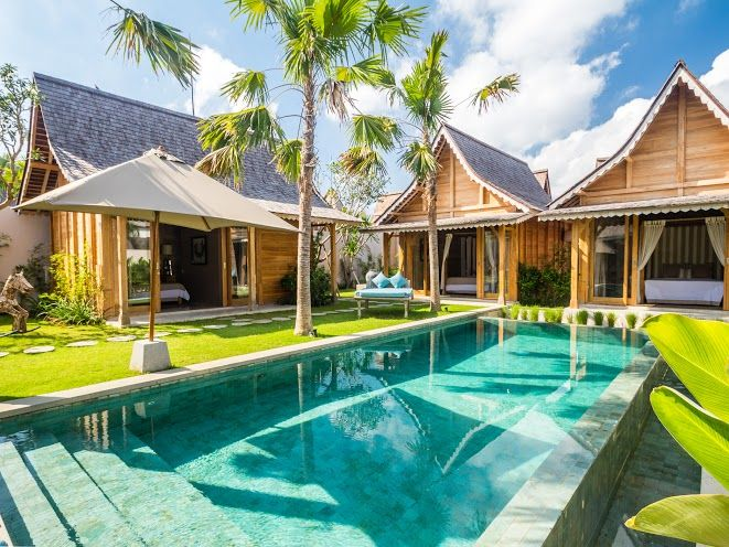 Villa Du Bah | 3 bedrooms | Kerobokan, Bali #swimmingpool #villa #exterior #bali #holiday