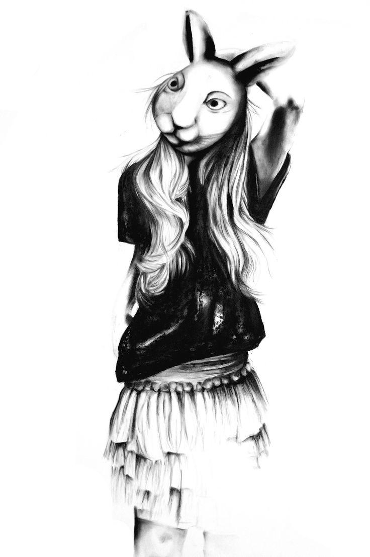 Kunst værket Ms. Bunny er en del af en serie store kultegninger, som alle tager udgangspunkt i samspillet imellem mennesker og natur. Alle kultegningerne er tegnet med fingrene og bare et enkelt stykke kul.  Str.: A3 Limited edition (50 stk) Kul på papir, printet på 190 g. eksklusivt Hahnemuhle papir Leveres i hård kuvert uden ramme