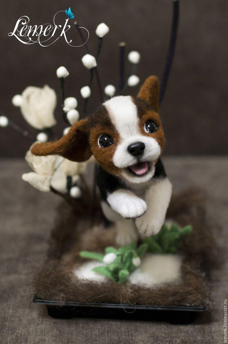 Купить Счастливичк. Весенний щенок валяшка бигль - коричневый, бигль, щенок бигля, бигль валяный