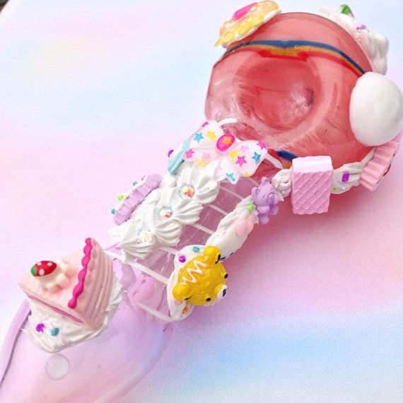 Kawaii Tobacco Pipe - Pink Glass - Silicone - Polymer Clay - Resin