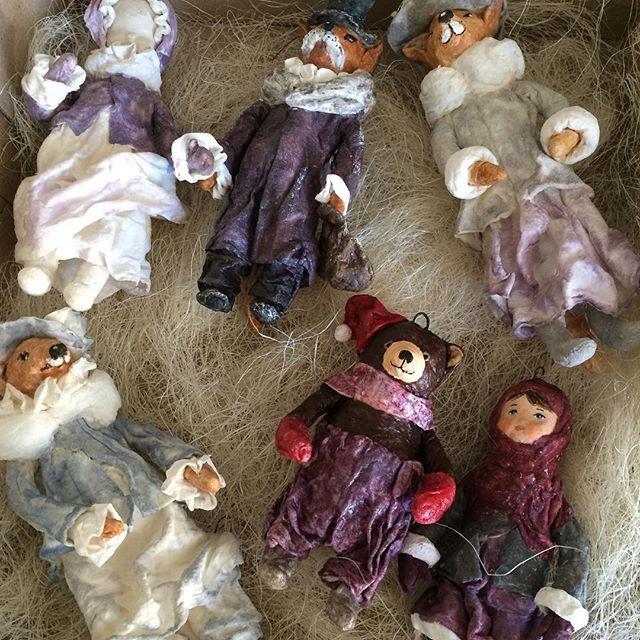 Готовьте ёлки!! Ну.. Коллекция- не коллекция наверно.. всего 15 штук, но именно то о чем я мечтала- игрушечно-воздушно- фарфорово. Лисы и мишка пока свободны. Можно резервировать! #игрушканаелку #ватнаяигрушканаелку #ватнаяигрушка #выставкамишеквмоскве #тишинка2016 #хеллотедди2016 #мишки_юлии_аладьиной