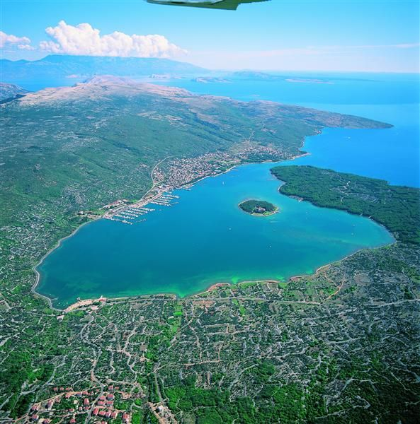 Kvarner & Highlands: island Krk - Punat: bay