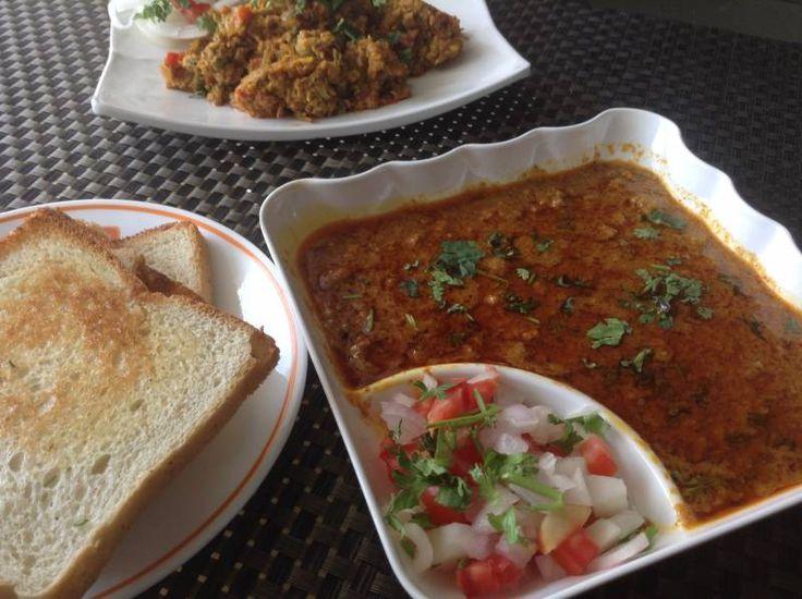 Spicy Kheema with Khandeshi Twist/Kheema Pav Recipe/ Spicy Lamb Mince Curry | NamakShamak.com