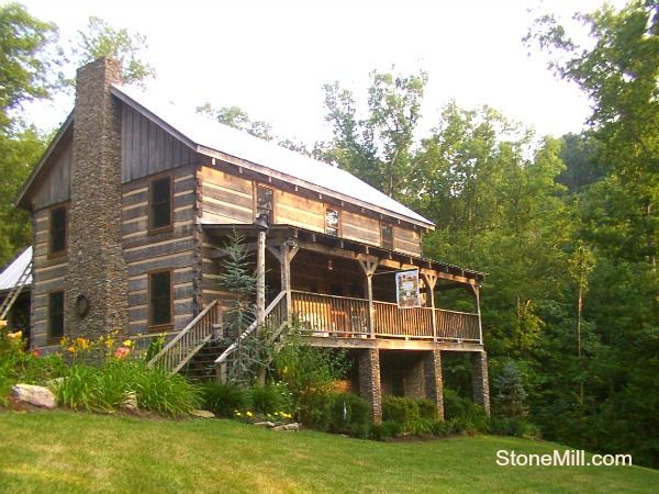 A Stonemill Log Home Based On The Prestwick Floor Plan Front View