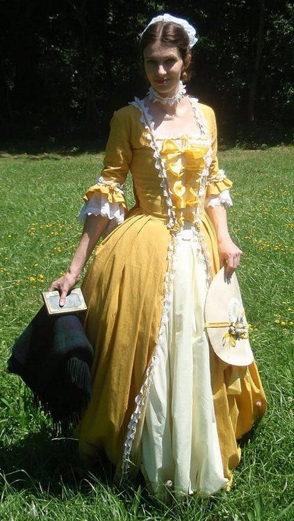 25+ best ideas about 1700s Dresses on Pinterest | 18th ...