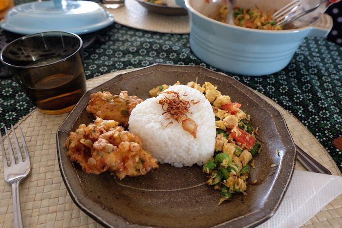 インドネシアの家庭料理、レモングラス香る「ラワールアヤム」って?【人気COOKの秘密レシピ♪】