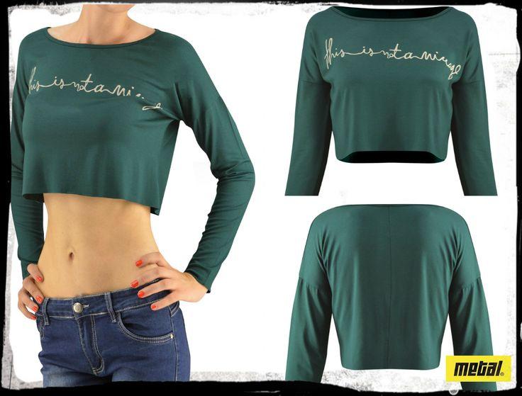 Γυναικείο crop-top μπλουζάκι με τύπωμα. #metal #metaldeluxe #croptop #sale #shopping #shoppingtherapy #discount #offer #lowprice #fashion #clothes #winter #happy #style #mensfashion #womensfashion #fashionista #newarrivals #mensclothes #womensclothes #moodoftheday #picoftheday #chic