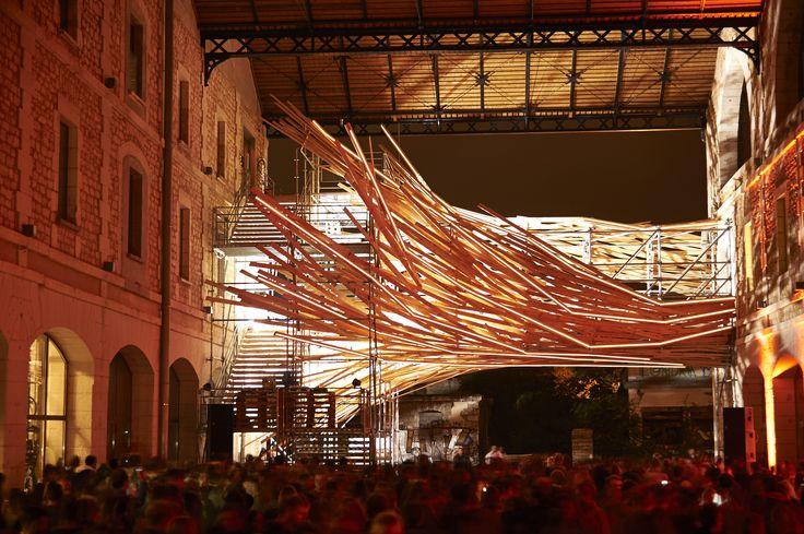 "Gallery - 1's ""Vortex"" Installation Unites Environmental Analysis and Art - 1"