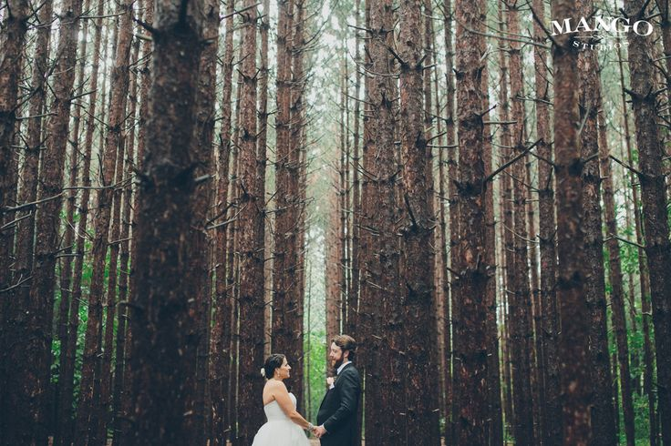 Wedding photos taken at the Kortright Centre for Conservation, a suburban conservation area in Vaughan, Ontario. #KimMiyamaEvents #WeddingPlanner #EventPlanner #TorontoWedding #WeddingInspiration
