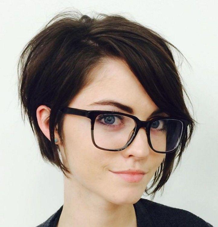 Sevimli Bir Görünüm İçin Kısa Saç