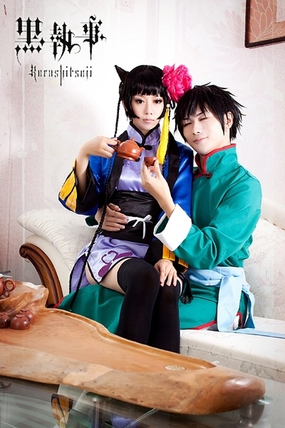 *gaaaaasp* It's Lau and Ran Mao! It's perfect! Every detail is absolutely perfect! *.*