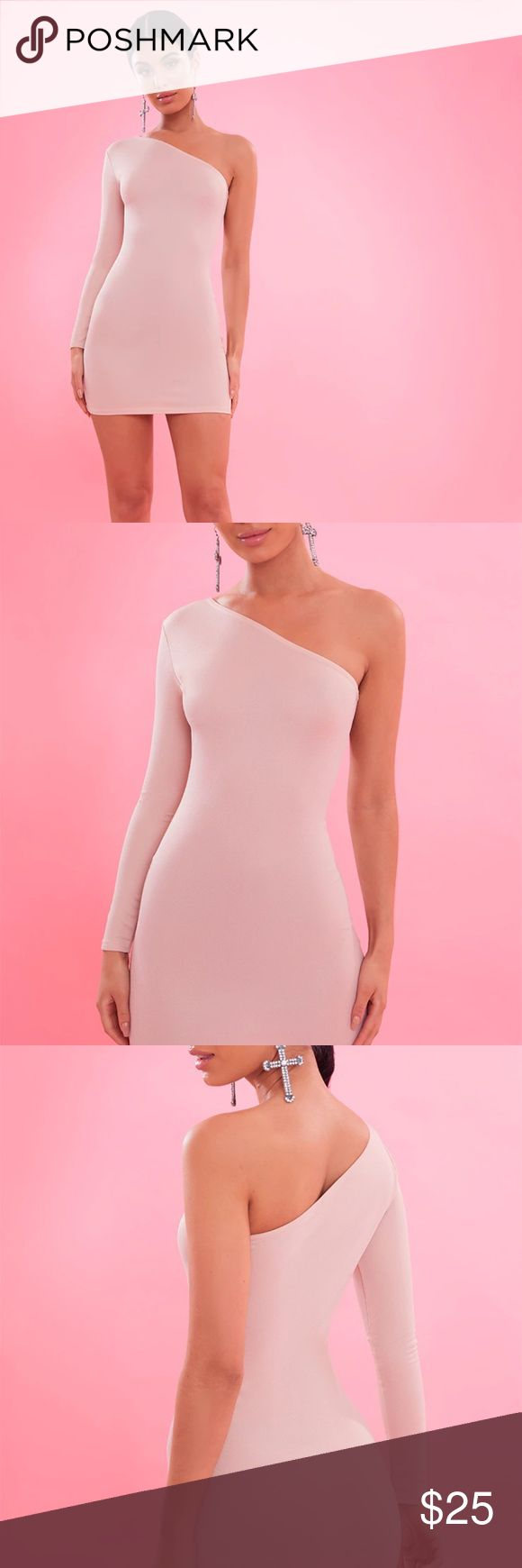💥NWT💥nude one sleeve bodycon dress This nude bodycon in a crepe fabric is one to add to your wardrobe girl. In a flattering bodycon fit and feminine one shoulder style, team with statement earrings and heels for a lust-have look. Dresses Mini