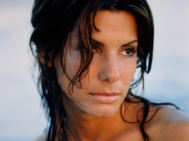 Sandra Bullock - Actresses Wallpaper (1444046) - Fanpop {Note to self(Lois); she is my 17th cousin twice removed. We share in common my 18th Great Grandfather, Thomas Brugge, 5th Baron Chandos of England, through my maternal Grandfather.}