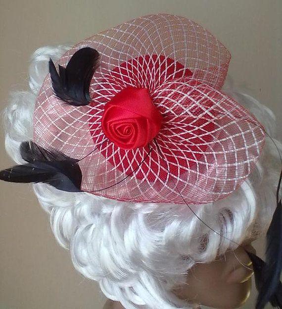 Hat Red Queen of the Alice in Wonderland #Hat #minihats #Halloween #Christmas #costumeparty #AliceinWonderland #RedQueen #Valentine's Day #New Year