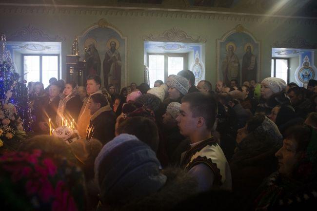 На Рождество президент с семьей отправился в монастырь. Фото | Reporter UA