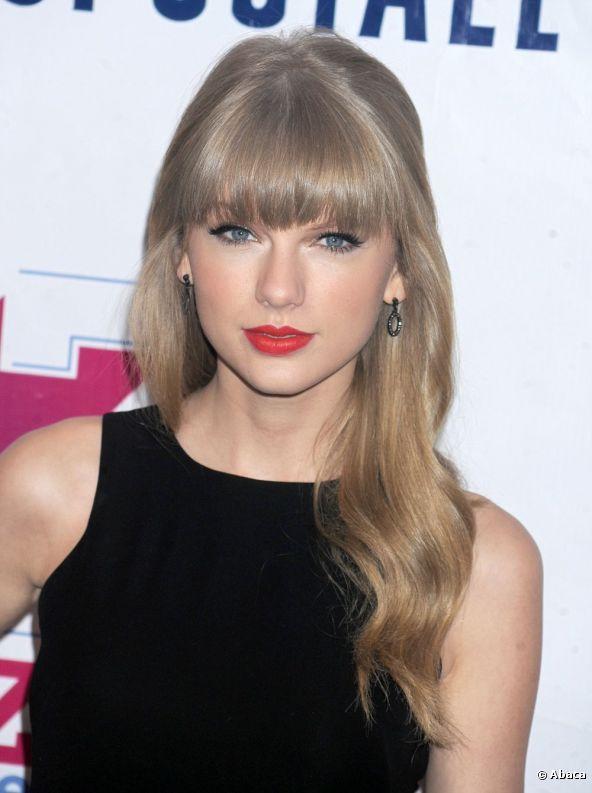El maquillaje seductor de Taylor Swift