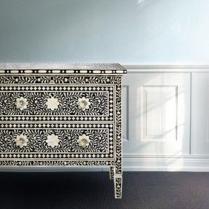 Mollyshome chest of drawers with intarsia flower mosaic