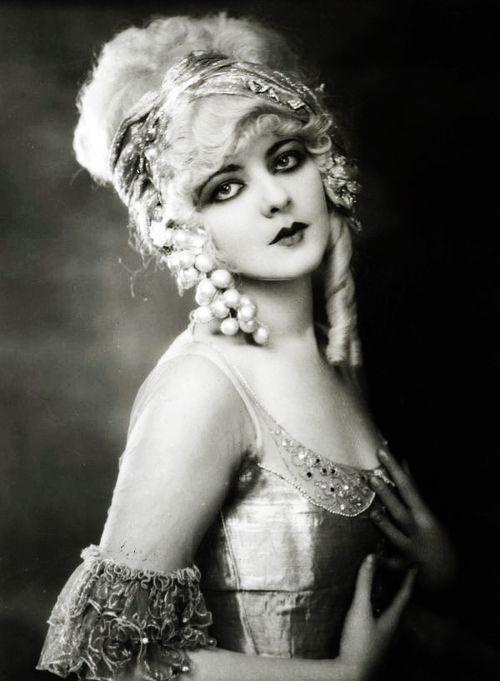 Ziegfeld Follies Girls – Vintage Photos   ღ Vintage Blog