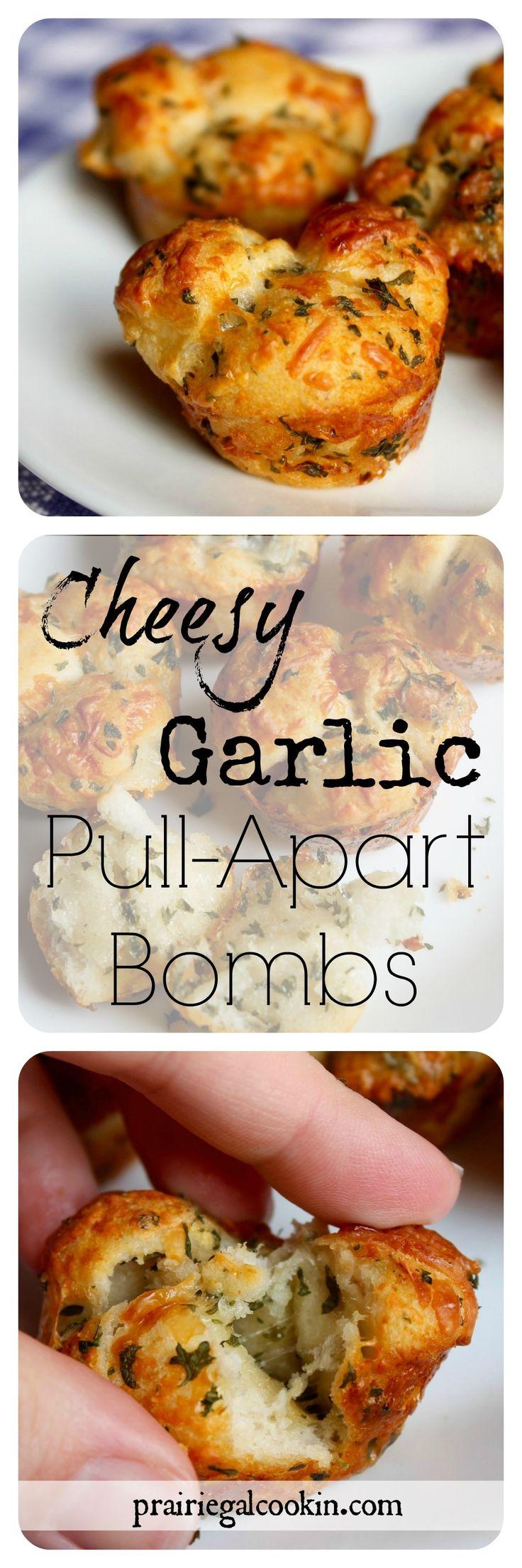 Cheesy Garlic Pull-Apart Bombs - Prairie Gal Cookin'  #cheese #garlic