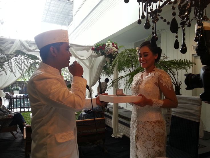 The happiest day for our beloved friends Gian and Yogi. congratulations to both of you, may become a long lasting couple. ameen