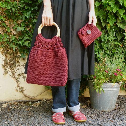 "wecrochetit: "" Gypsy Bag and Purse ❥ 4U // FREE PATTERN HERE """