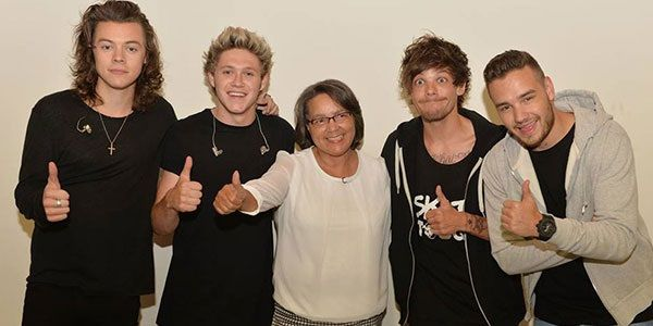 1D meeting the mayor, Patricia de Lille, in Cape Town.