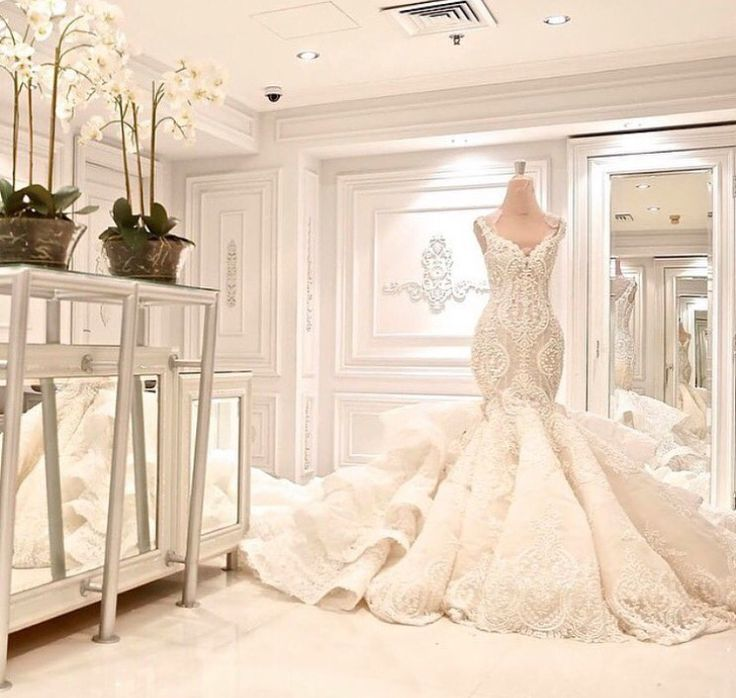 23 best jennifer lopez images on pinterest jennifer for Jacy kay wedding dress