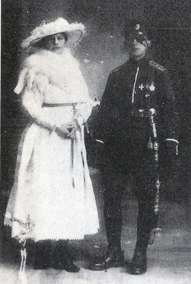 Mata Hari with her young lover Russian officer Vladimir de Massloff in Paris 1916. After he had been blinded in his left eye by phosgene gas, she drew the patch on this photo