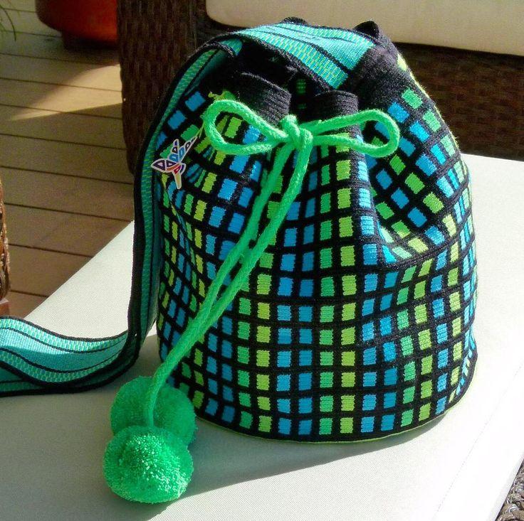 27 отметок «Нравится», 1 комментариев — Waré Crafts (@warecrafts) в Instagram: «Te gusta esta mochila? La tenemos exhibida en la Feria de Navidad del NH Collection de…»