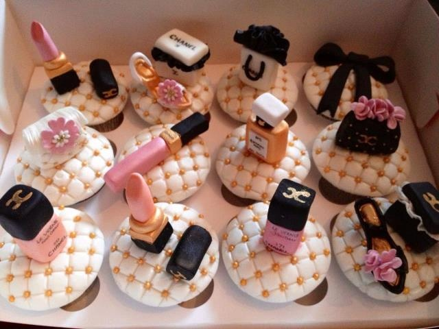 chanel bridal shower cupcakes