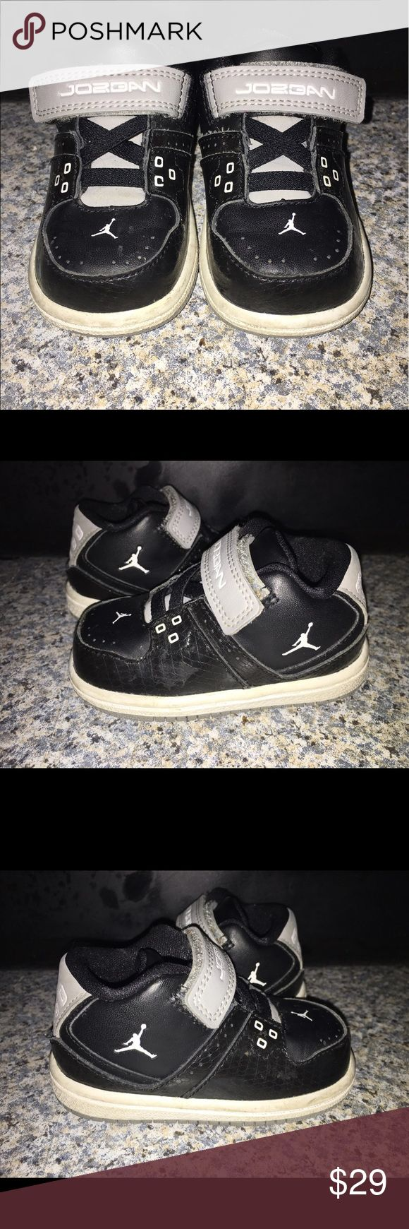 Nikes Toddler Jordan 1 Flight Low, Size 4C Air Jordan Retro Black & White Shoes with Gray Velcro closure. Size Toddler 4C Great Condition!!   Great condition!! Air Jordan Shoes Sneakers