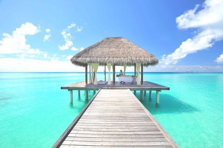 Tropical Paradise Kuramathi Island, Maldives | Adelto