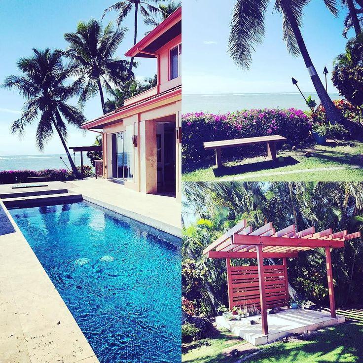ムームーレインボーでは邸宅ウェディングのお手配もしております 邸宅を借りて理想のウェディングがハワイでできますまた泊まりもできてしまいます(追加料金あり) 有名人の邸宅レンタルでセレブ気分にひたり目の前のビーチを眺めて完全プライベートな挙式披露宴は出席者にもインパクト大折角のハワイ挙式を使って家族の絆を深めらるます #ハワイ邸宅ウェディング #ハワイ挙式  #ハワイオリジナルウェディング #ビーチウェディング #プロポーズ #プロポーズ大作戦 #プレ花嫁 #プレ花嫁準備 #プレ花嫁卒業