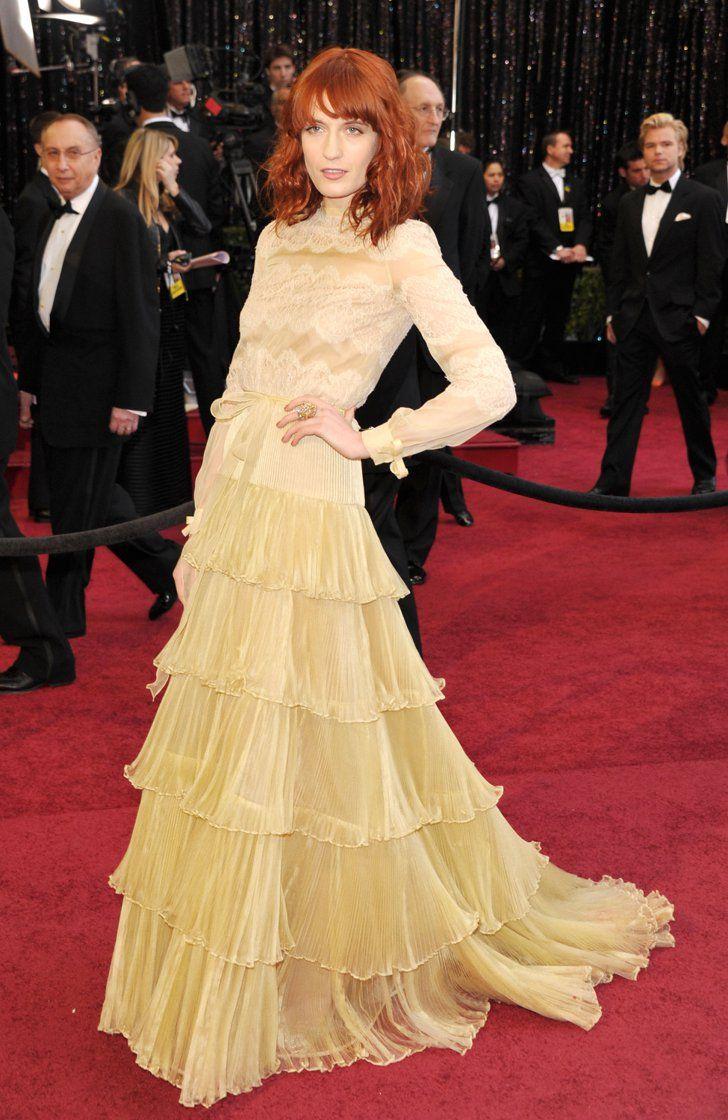 Pin for Later: Die 85 unvergesslichsten Kleider der Oscars – von 1939 bis 2015 Florence Welch bei den Oscars 2011 in Valentino