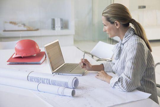 BÚSQUEDA LABORAL  Publicamos las búsquedas laborales que nos remiten empresas, estudios de arquitectura y organismos estatales.  Más info: http://ly.cpau.org/2plUhpv  #NoticiasCPAU #RecomendadoARQ