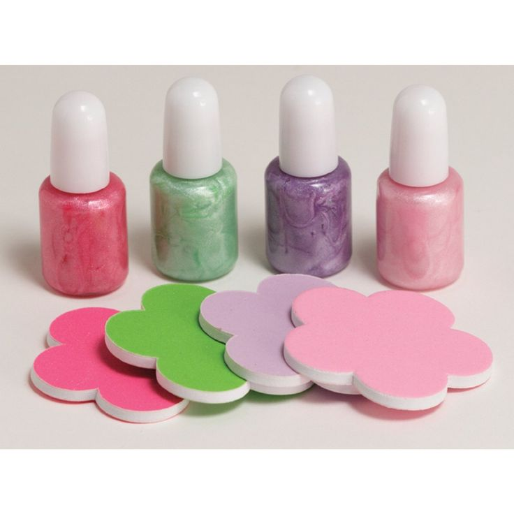How to Earn the Spring Green Daisy Petal, Considerate and Caring: Party Favors, Nail Polish, Girl, Nailpolish, Polish Kits, Spa Party, Nails, Party Ideas, Birthday Party