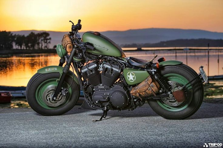 Harley-Davidson Sportster Iron 883: Army Look Stage II