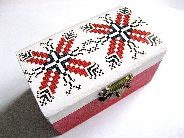 #Cutie #lemn #femei, cutie lemn #lucrata #manual cu #motive #geometrice  / #Women's #wooden #box, #handmade wooden #case with #geometric #motifs / #여성용 #나무 #상자, #기하학적 #모티브가있는 #수제 #나무 #상자 https://handmade.luxdesign28.ro/produs/cutie-femei-cutie-lemn-lucrata-manual-cu-motive-geometrice-28843/